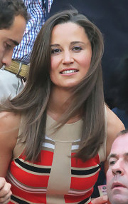 Pippa's soft layers looked elegantly windblown at the Wimbledon Championships.