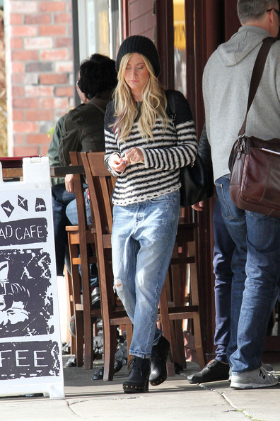 Ashley Tisdale and Chris French Out to Lunch