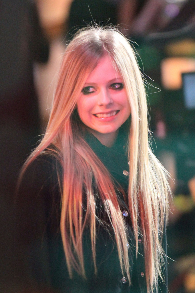 avril lavigne hair style more pics of avril lavigne cut 6 of 11 9197