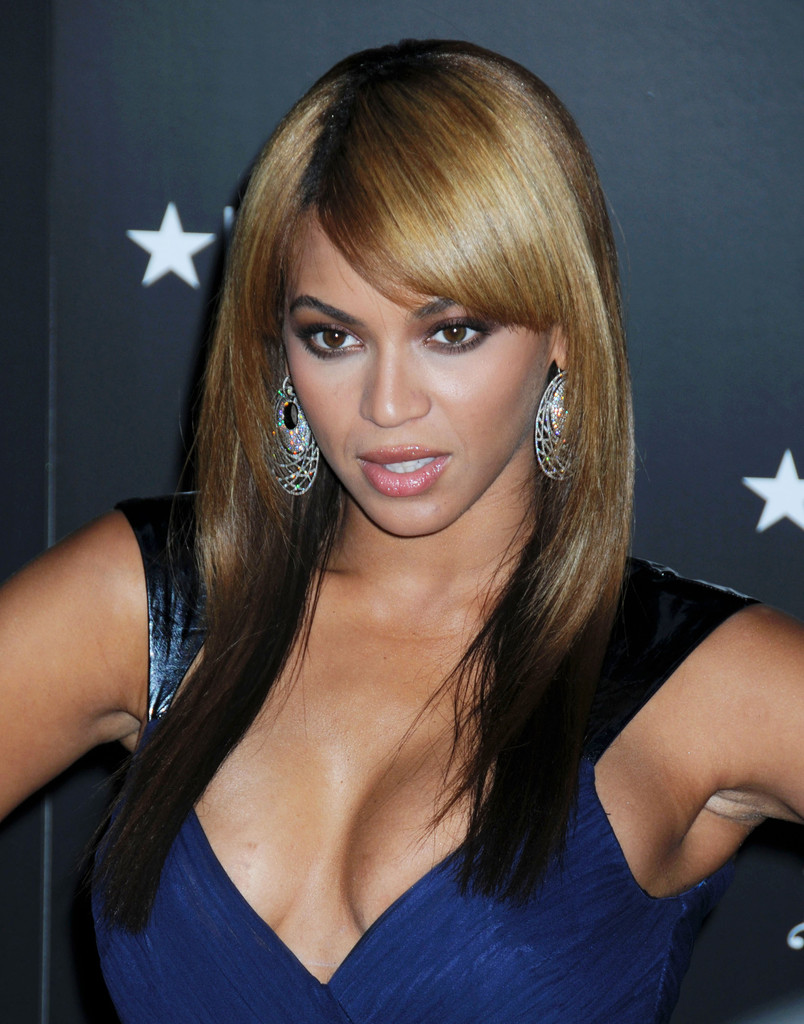 More Straight Guys Here Follow: More Pics Of Beyonce Knowles Long Straight Cut With Bangs