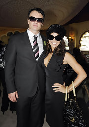 Julian McMahon looked oh-so-handsome in his charcoal suit and striped tie at the David Jones Derby.