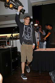 Kendall Schmidt's khaki's kept his look casual.