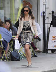 A nude blazer dressed up Pippa Middleton's printed dress and brought the whole outfit together.