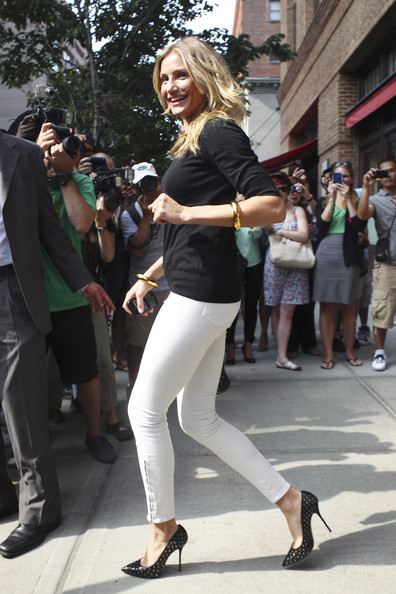 Cameron Diaz Leaves Her Hotel in NYC
