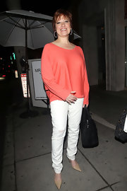 A pair of nude pointy pumps provided a classy finish to Caroline Manzo's casual ensemble.