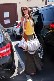 Hope Solo made her way to 'DWTS' rehearsals with a large canvas duffel bag in tow.