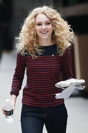 Annasophia Robb filmed a scene for 'The Carrie Diaries' wearing her long hair in bouncy blond curls.