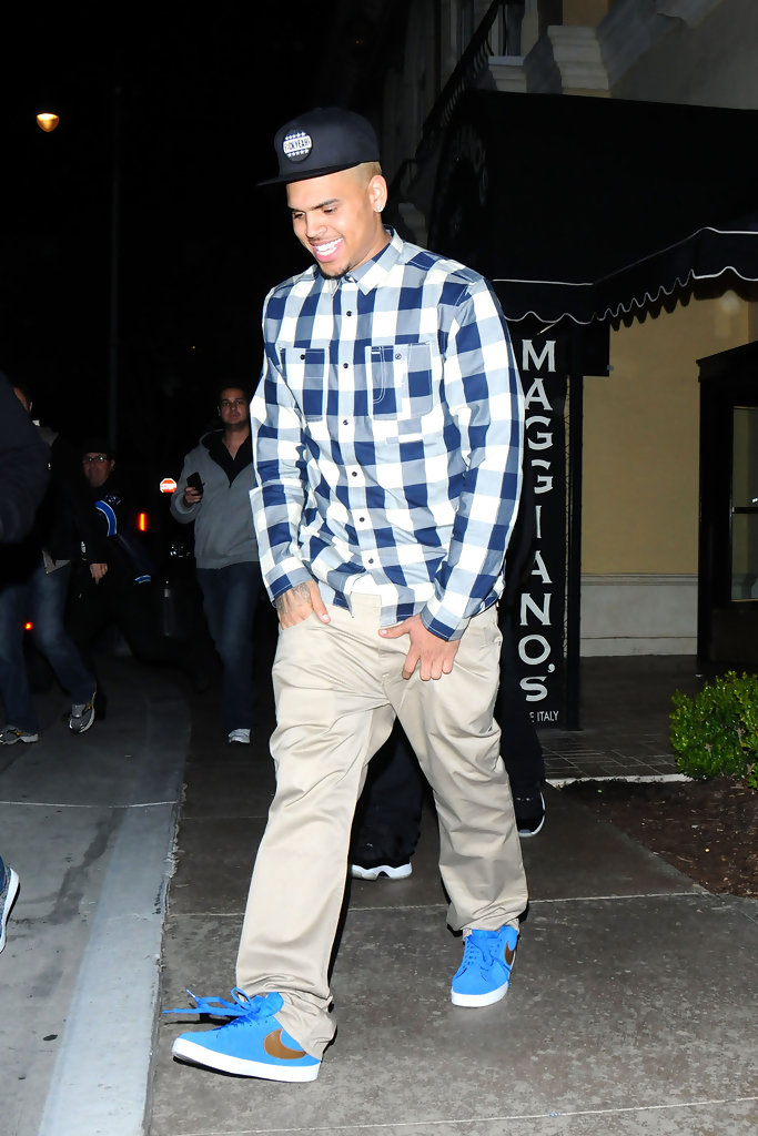 chris brown khakis chris brown pants amp shorts looks