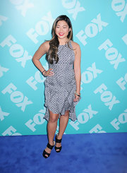 Jenna stunned with this abstract-print sleeveless dress at the FOX 2013 programming presentation.