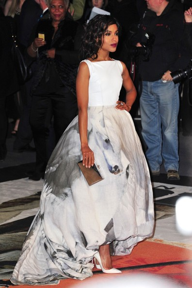 More Pics of Kerry Washington Evening Dress (2 of 8) - Evening Dress Lookbook - StyleBistro