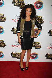 Marsha Ambrosius complemented her sporty get-up with classic black platform peep-toes at the 2012 Soul Train Awards.