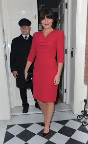 A red sharp-shoulder frock gave Davina McCall a classic and sophisticated look at the 'Goop' celebration in London.