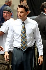 Leonardo DiCaprio wore a tie with a cool geometric print for a scene in his new movie 'The Wolf of Wall Street.'