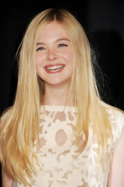 Elle Fanning wore her lengthy locks straight and super shiny at the premiere of 'We Bought a Zoo.'