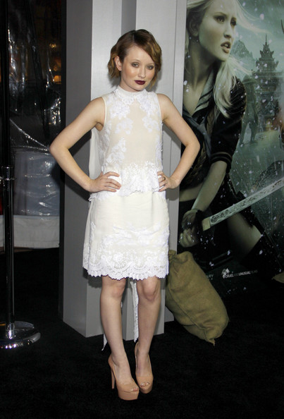 Emily Browning Clothes
