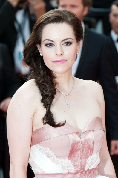 More Pics of Emily Hampshire Long Braided Hairstyle (1 of 2) - Emily Hampshire Lookbook - StyleBistro