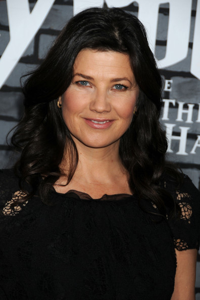 Daphne Zuniga Body More Pics of Daphne Zuniga