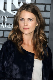 Keri Russell kept her luxurious hair down in lovely curls for the premiere of 'Harry Potter and the Deathly Hallows.'