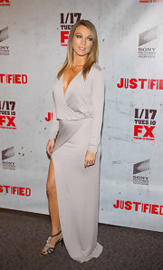Natalie Zea wore a dove gray knit evening gown for the 'Justified' premiere in LA.