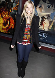 Olivia Holt rocked this strong shouldered black blazer! It gave this casual look just the right amount of structured edge.
