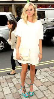 Fearne Cotton looked very high-fashion in this white T-shirt dress and hot heels.