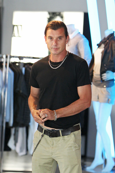 More Pics of Gavin Rossdale Khakis (12 of 13) - Pants & Shorts ...