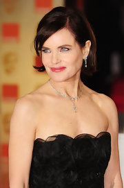 Elizabeth McGovern paired a stunning tennis Y-drop necklace and matching earrings with her elegant gown at the 2012 Orange British Academy Film Awards.