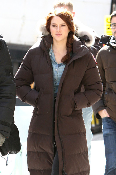 More Pics of Shailene Woodley Down Jacket (1 of 6) - Shailene Woodley Lookbook - StyleBistro