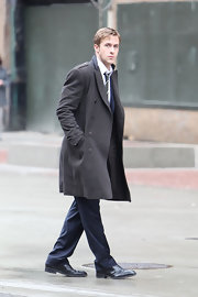 Ryan Gosling opted to wear classy heeled oxfords while on the set of 'Ides of March.'