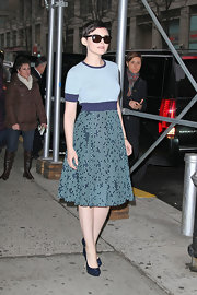 Ginnifer really worked the sweet side of her style in this blue textured day dress while out in NYC.