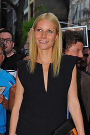 Gwyneth is the queen of sleek and straight 'dos as she proved yet again while out in NYC.