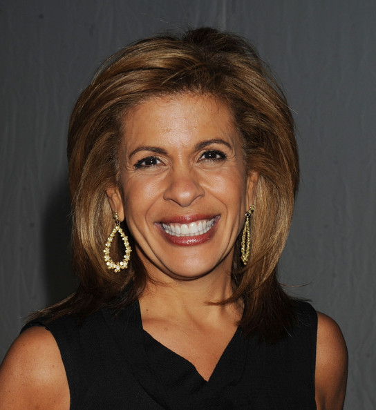 Hoda Kotb Leaf Earrings