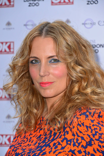 Jasmine Harman Long Wavy Cut