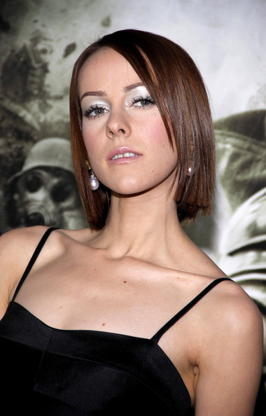 Jena Malone Side Parted Straight Cut