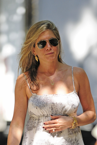 Jennifer Aniston Diamond Pendant