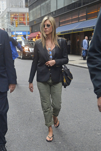 More Pics of Jennifer Aniston Blazer (4 of 7) - Jennifer Aniston Lookbook - StyleBistro