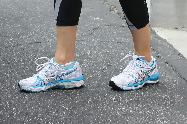 Jennifer Garner Running Shoes