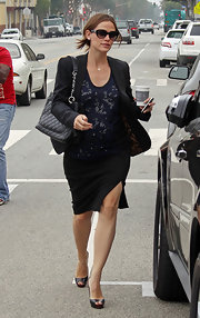 Jennifer Garner ran errands in LA carrying a luxe black leather quilted shoulder bag with silver hardware.