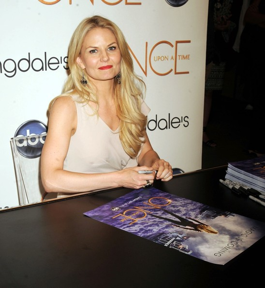 More Pics of Jennifer Morrison Cocktail Ring  (1 of 6) - Jennifer Morrison Lookbook - StyleBistro