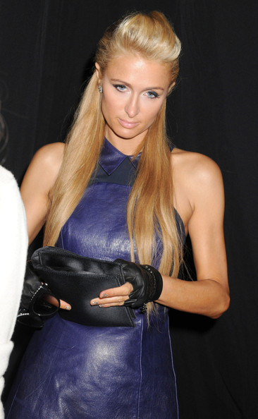 More Pics of Paris Hilton Envelope Clutch  (1 of 11) - Handbags Lookbook - StyleBistro