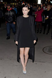 Rooney Mara paired her all-black outfit with gray platform pumps.