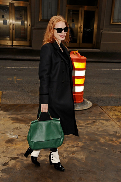 More Pics of Jessica Chastain Leather Tote (1 of 22) - Jessica Chastain Lookbook - StyleBistro []