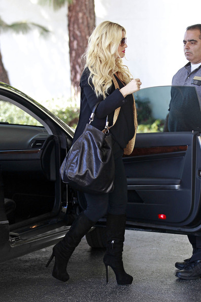 More Pics of Jessica Simpson Leather Tote (1 of 10) - Jessica Simpson Lookbook - StyleBistro