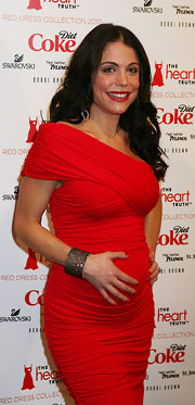 Bethenny Frankel was retro chic at the Heart Truth's Red Dress Collection event wearing rich ruby lipstick.