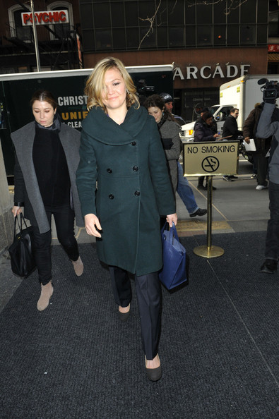 More Pics of Julia Stiles Wool Coat (1 of 19) - Wool Coat Lookbook - StyleBistro