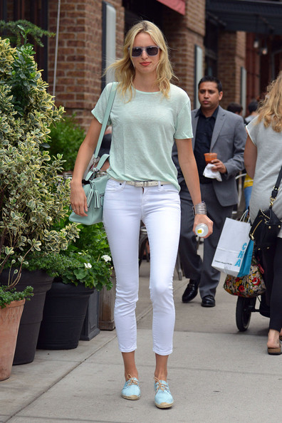 More Pics of Karolina Kurkova T-Shirt (3 of 7) - Karolina Kurkova Lookbook - StyleBistro