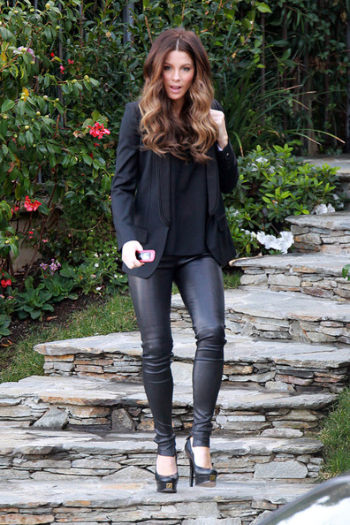 More Pics of Kate Beckinsale Blazer (3 of 6) - Kate Beckinsale Lookbook - StyleBistro