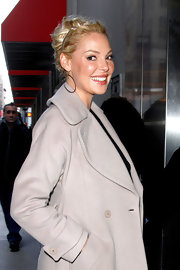 Katherine Heigl was spotted out in NYC wearing a pair of large Ocean Drive earrings in black gold.