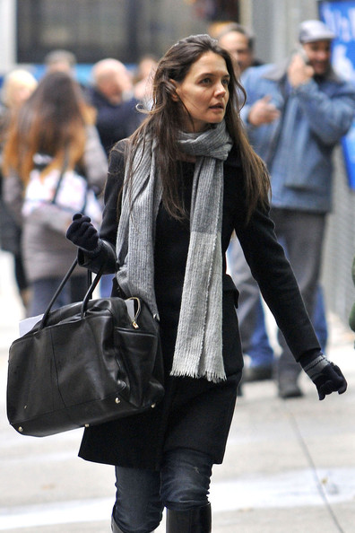 Katie Holmes Winter Gloves []