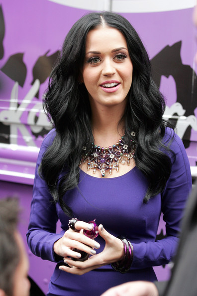 More Pics of Katy Perry Statement Ring (8 of 11) - Decorative Rings Lookbook - StyleBistro []